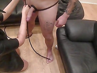 Upside down blowjob for an ebony woman with submissive boyfriend