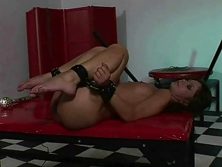 Dominant guy fucks his blindfolded cute submissive girl in ass
