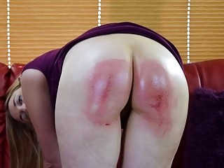 Thick babe gets her booty spanked hard by her boyfriend