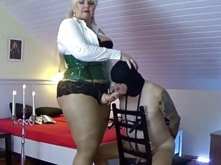 Mistress with a big fat cock demolishes her slave's ass