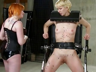 Short-haired blonde lesbian gets her tight wet pussy worked harshly
